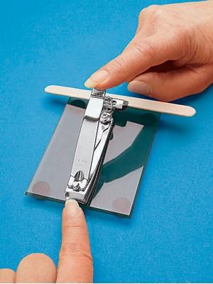 Kit adaptado para cuidado das unhas
