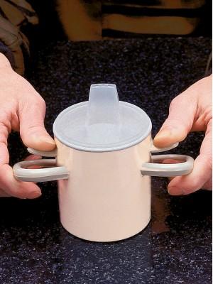 Caneca com apoio de polegares para estabilidade com tampa anti-derramante